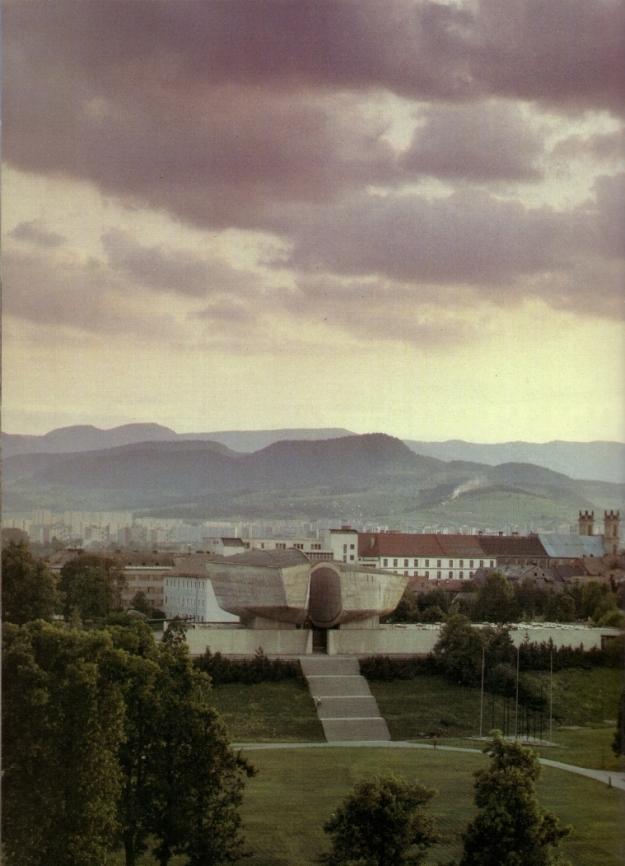 Gedenkstätte für den SNP in Banská Bystrica Aus Československo, Praha/Bratislava 1988