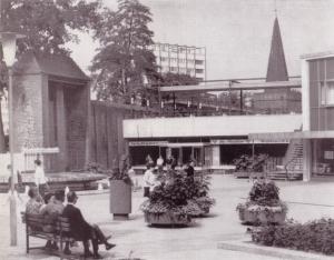 Aus Krenz, Gerhard: Architektur zwischen gestern und morgen, Berlin 1974