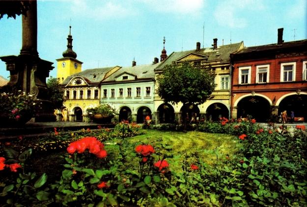 Aus Hyhlík, Vladimír/Přeučil, František: Východní Čechy, Praha 1978