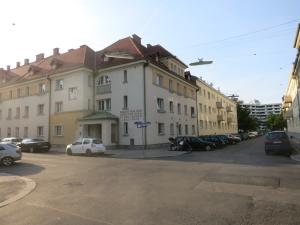 BlickSkraupstraßeHeinz Nittel-Hof
