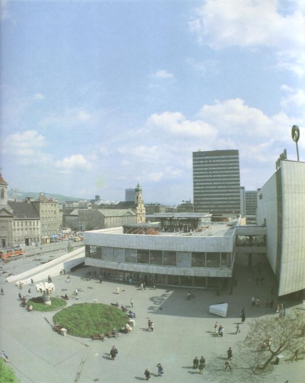 Aus Vyskočil, Kamil: Bratislava, Bratislava 1989