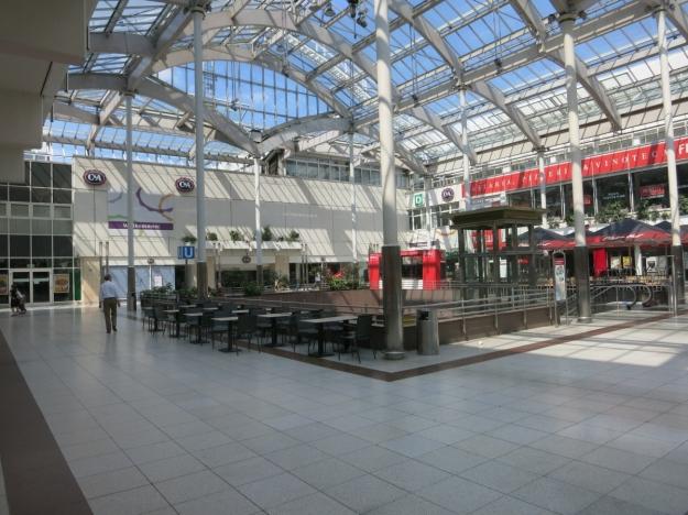 NordwestzentrumU-Bahn