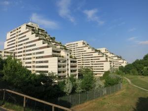 GebäudeKaiser-Ebersdorfer-StraßeFlorian-Hedorfer-StraßeErholungsgebiet