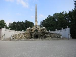 ObeliskbrunnenSchönbrunn