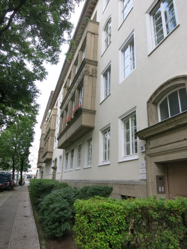 NaziwohnhausBrandenburgerStraßeSächsischeStraßeErker