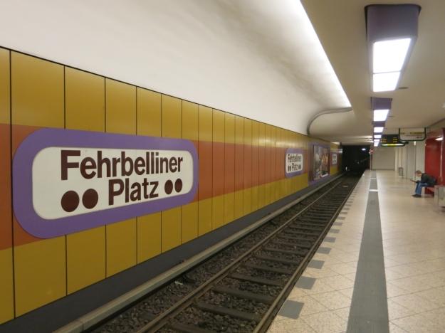 U-BahnhofFehrbellinerPlatzBerlinBahnsteig