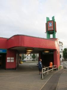 U-BahnhofFehrbellinerPlatzBerlinTurm