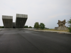 PamátníkOstravskéOperaceSkulptur