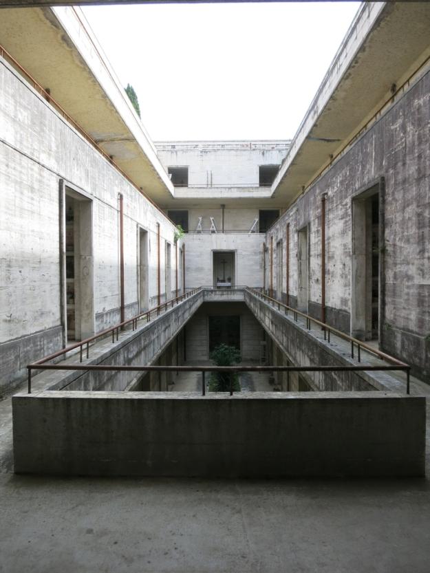 CimiteroDelVeranoInnenhof