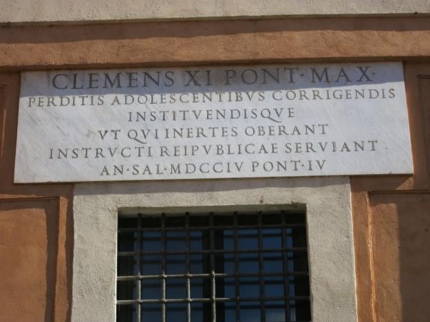 Clemens XI. im Jahre 1704/4 an einem Gebäude in der Via di San Michele