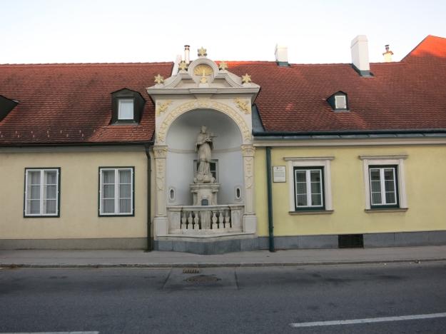 JohannesVonNepomukLaxenburgHaus