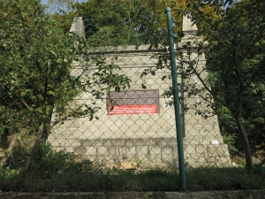 UngarischeInschriftZaunDevin