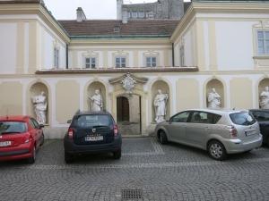 KircheSchwechatHeiligeRechts