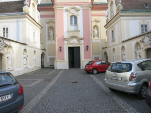 KircheSchwechatHof