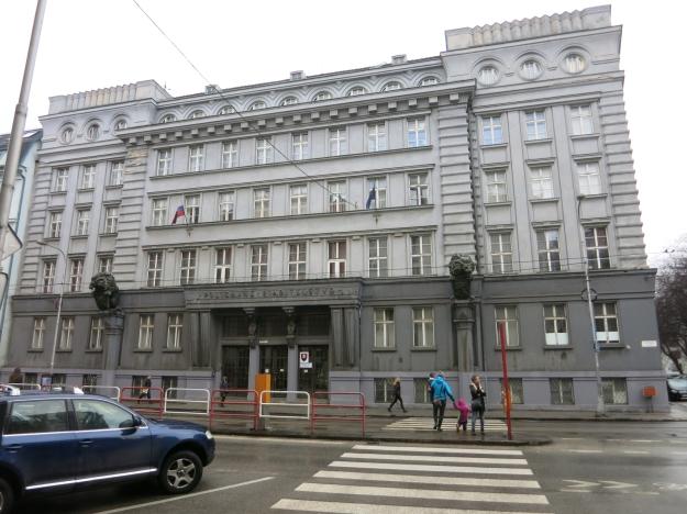 PolicajnéRiaditeľstvoBratislava1