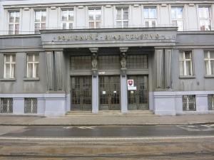 PolicajnéRiaditeľstvoBratislavaEingang