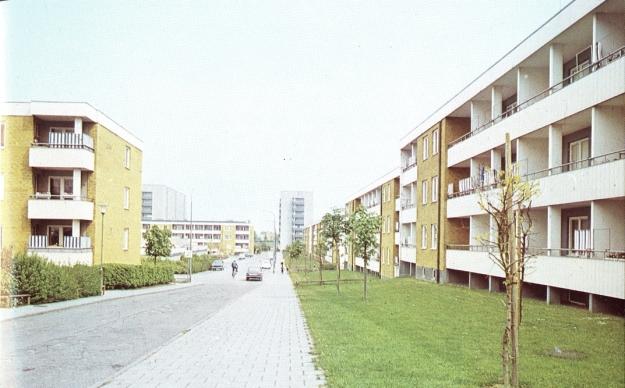 Aus Tidman, Yngve: Bo i gemenskap - HSB Malmö 50 år, Malmö 1975