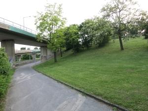 ParkKnotenNußdorf2