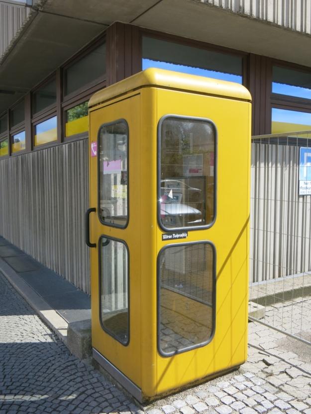 PostNeuburgTelefonzelle