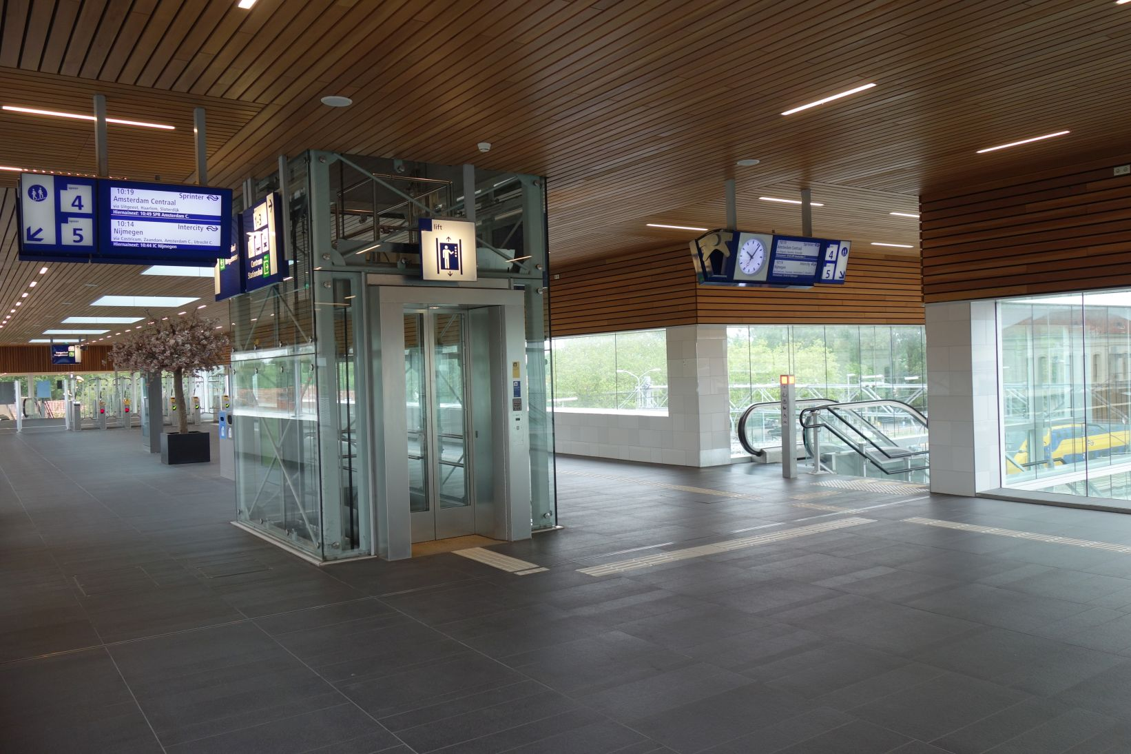 BahnhofAlkmaarGang